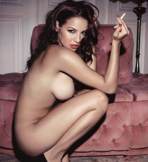 Porno filmi in kajenje med seksom